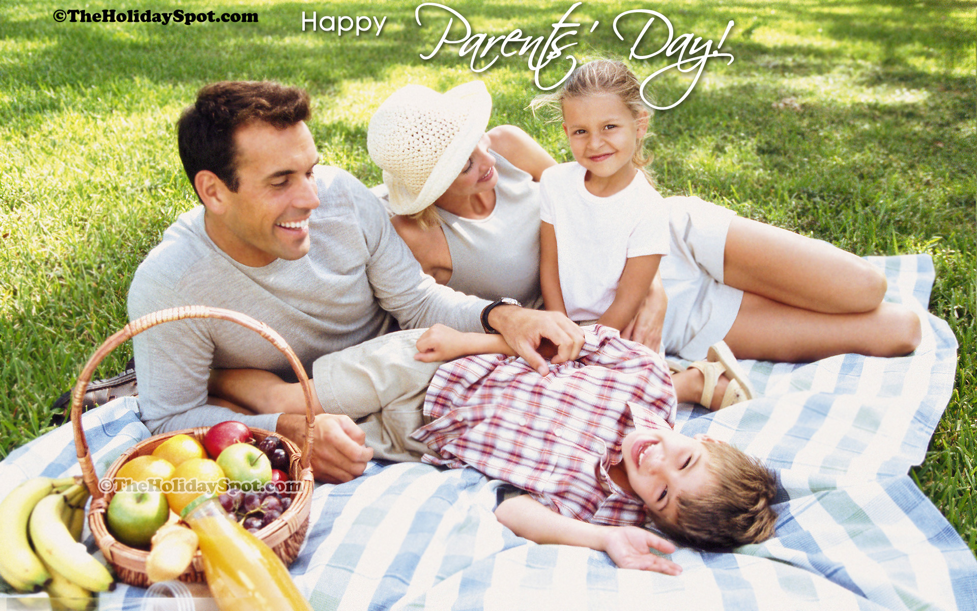 High Definition Illustration Of A Family Having Fun On Parentu0027s Day.